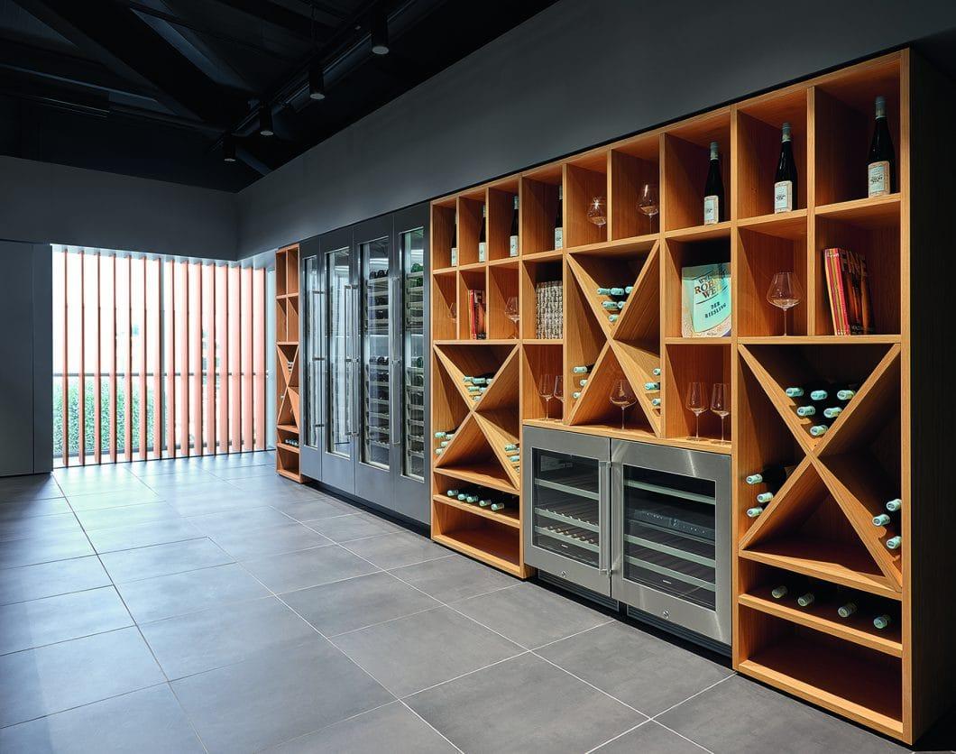 Die neuen Gaggenau Weinklimaschränke der Serie 200 sind schöner als jede Glasvitrine. (Foto: Gaggenau)
