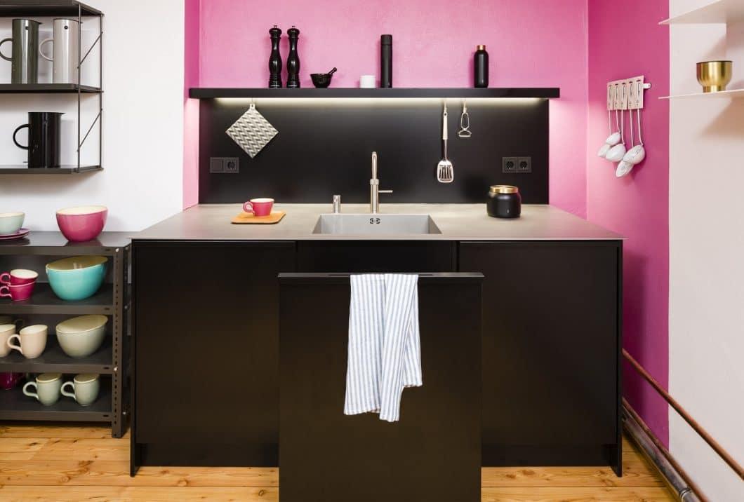 """Funktionalität steht in Popstahl-Küchen über allem - entlehnt haben das die Architekten dem Prinzip der """"Küche zum Kochen"""" von Otl Aicher, so, wie bulthaup 30 Jahre zuvor auch schon. (Foto: Popstahl)"""