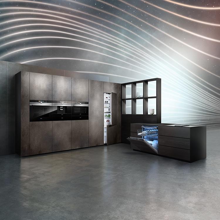 """Solide und funktional waren Siemens Hausgeräte schon immer. Mit der """"studioLine"""" strebt man zusätzlich nach perfekt minimalistischem Design. (Foto: Siemens Hausgeräte)"""