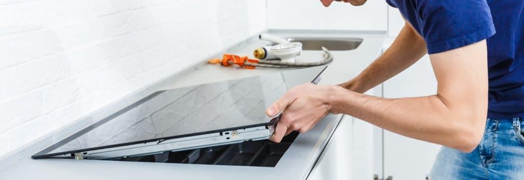 ...neue Geräte verbauen lassen? Was ist Ihr Projekt für die Renovierung in der Küche? (Foto: adobe stock/ Angelov)