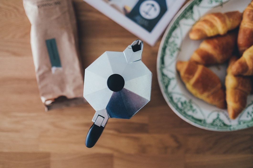 Die Klassiker aller Kaffeekocher sind italienische Modelle, z.B. von Bialetti. (Foto: Annie Spratt)