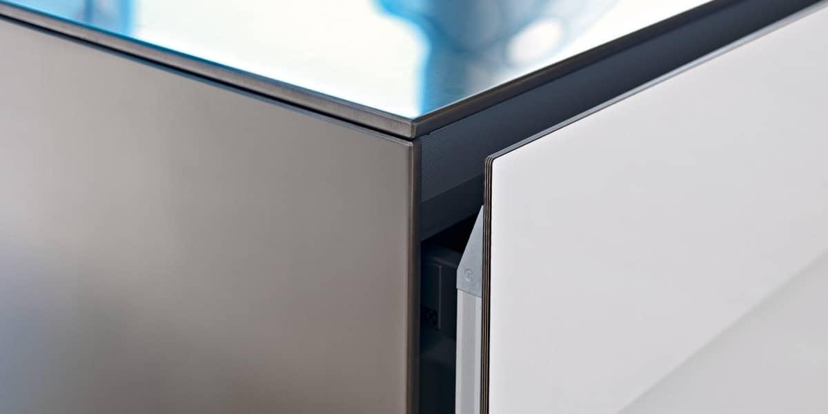 Das Modell Artematica mit seinen hauchdünnen Aluminium-Rahmen ist ein zeitloser, langlebiger Klassiker im Valcucine-Sortiment. Mit der Pigmentus kommt jetzt eine leichte Lackstruktur hinzu. (Foto: Valcucine)