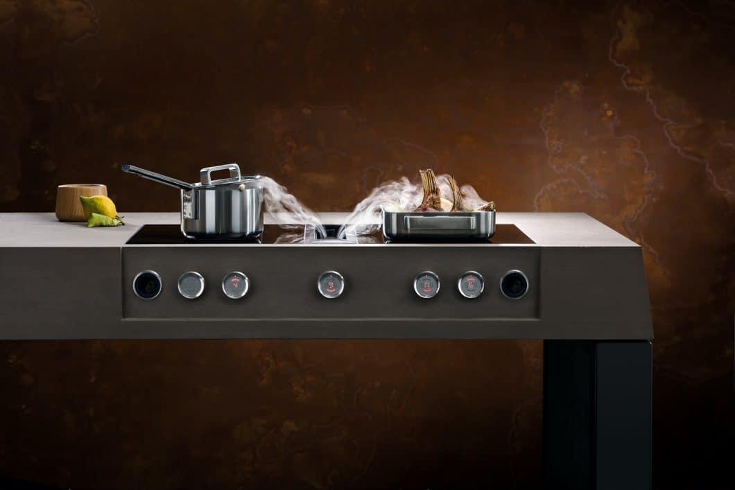 Ein minimalistischer Körper, hinter dem hochfunktionale Technik steckt: BORA Professional 2.0 garantiert maximale Sicht- und Kopffreiheit im Küchenraum bei bester Dunstabzugsleistung. (Foto: BORA)