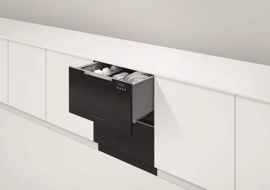 Die hochwertigen Geschirrspülschubladen können den Wünschen des Kunden - und der Optik der Küche - entsprechend angepasst werden. Mit Griff oder glatt, in Edelstahl oder vollintegriert: die Geschirrspüler sind so unauffällig wie funktional. (Foto: Fisher & Paykel)