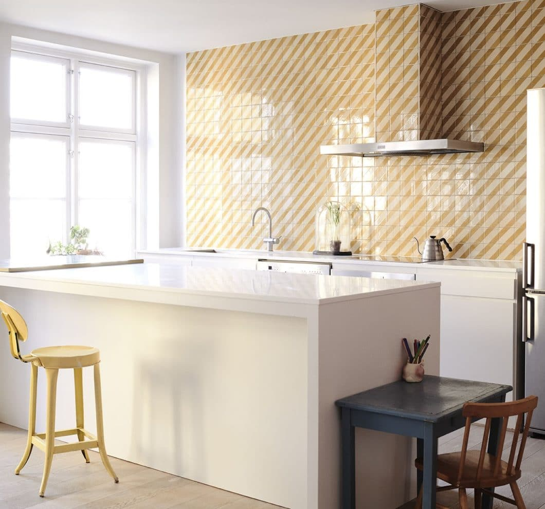 Wie würde Pippi Langstrumpfs Küchenrückwand heute aussehen, wenn sie jemals erwachsen geworden wäre? Vielleicht ein wenig aufgeräumter - aber mit Sicherheit dennoch kunterbunt. (Foto: File under Pop)