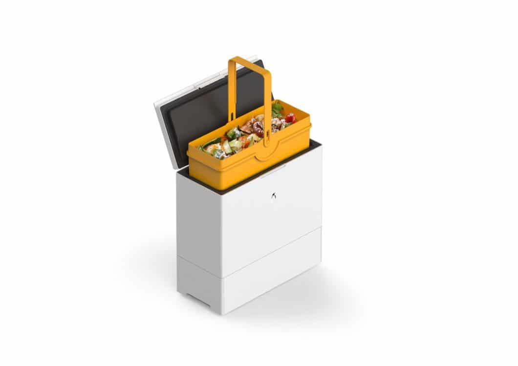 Das Design des FreezyBoy ist in schlichtem, minimalistischem Weiß und Schwarz gehalten. Damit fügt sich der moderne Kompostbehälter unauffällig in Abfallsysteme ein. (Foto: AVANTYARD LTD.)