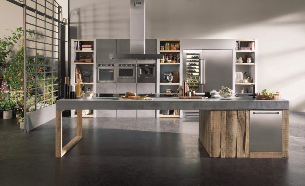 KitchenAid ist mit seinen modernen Geräten im Retro-Design in der Welt der Einbaugeräte angekommen. Von Kühlschrank bis Kochfeld gibt es eine amerikanische Lösung - sogar für einige Modelle auch in elegantem Schwarz. (Foto: KitchenAid)