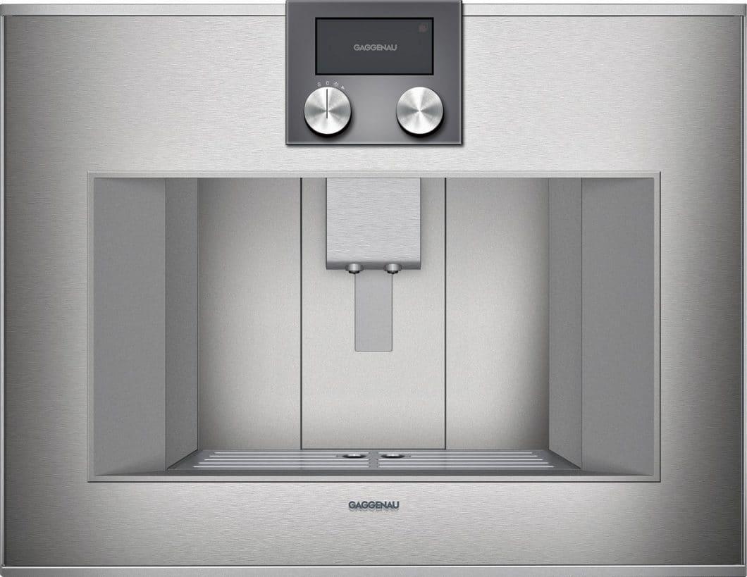 Die stilvolle Vollglastür ist mit hochwertigem Edelstahl in Silber oder Anthrazit hinterlegt und mit einem intuitiven TFT-Touch-Display ausgestattet. Sie passt sich grifflosen Küchen perfekt und puristisch an. (Foto: Gaggenau)