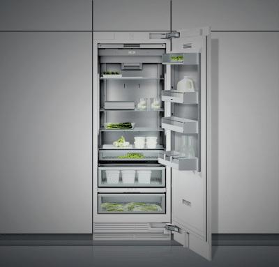 Motorisierte Glasflächen helfen, das Kühlschrankinnere nach eigenem Belieben zu verschieben. (Foto: Gaggenau)
