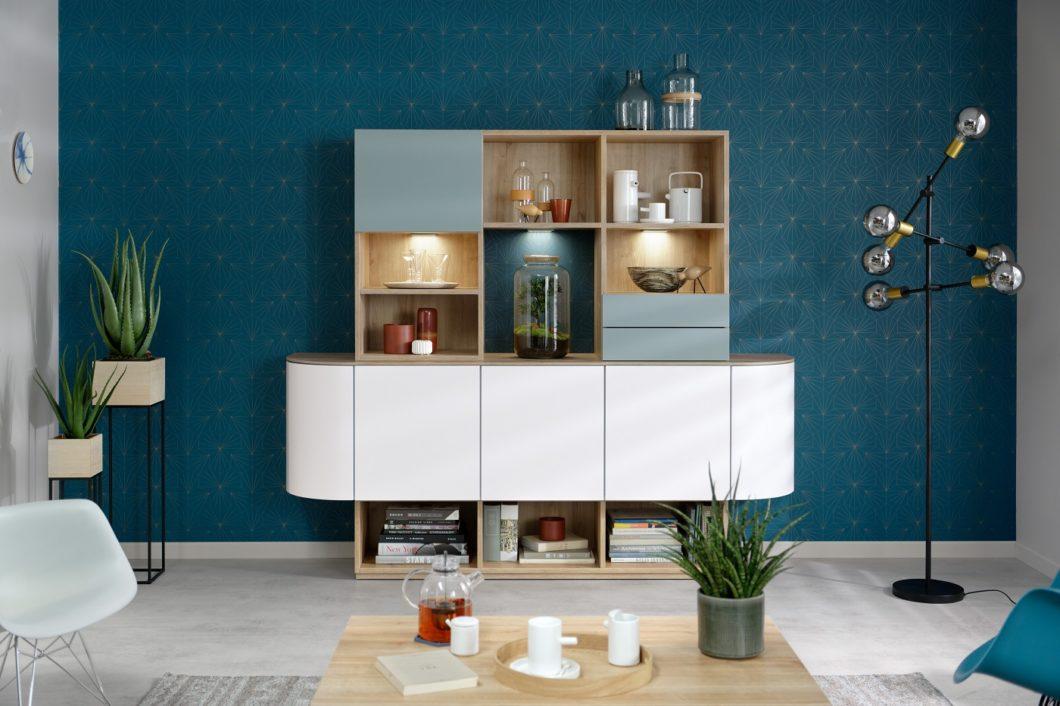 """In vielen Jahrzehnten am Markt hat sich SCHMIDT Küchen sukzessive neu erfunden - und bietet auch hochwertige Wohn- und Badmöbel aus einer Hand an. Hier die Neuauflage des Modells """"Heidi"""". Hätten Sie es erkannt? (Foto: SCHMIDT Küchen)"""