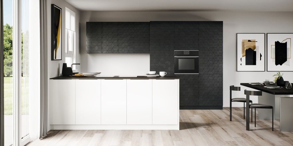 """Mit dem charakteristischen Mosaikmuster - den """"Mettlacher Platten"""" wurde V&B einst berühmt. Nun wird das traditionelle Dekor als Frontmotiv in eine der Villeroy & Boch Küchen integriert. (Foto: Villeroy & Boch)"""