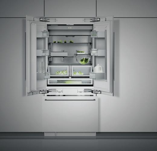 Während im Kühlschrank ein Frischefach für knackiges Gemüse sorgt, werden im Gefrierschrank mit der NoFrost-Technologie Lebensmittel schonend gefroren. (Foto: Gaggenau)