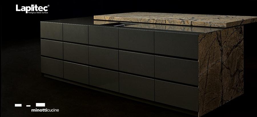 Minotti hat in Zusammenarbeit mit Lapitec erst kürzlich eine Arbeitsplatte entwickelt, in die ein Kühlbereich integriert ist. (Foto: Minotti/ Lapitec)