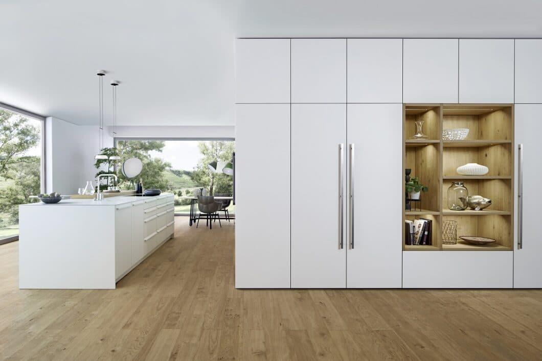 Bereits 2017 überraschte Küchenhersteller LEICHT die Designwelt mit einer völlig neuen Art, Küche zu denken. Der begehbare Kubus legte den Grundstein zur architektonischen Ausrichtung des Unternehmens. (Foto: LEICHT)
