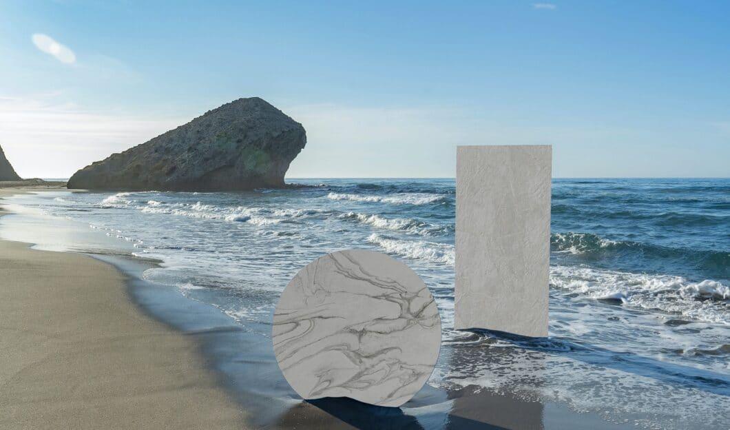 """Die """"Dekton Liquid""""-Kollektion wurde mit zwei Designerinnen aus London entworfen und bildet Wind, Wolken und Meer im Zusammenspiel ab. (Foto: Cosentino, Credit: alberto Rojas Portada)"""