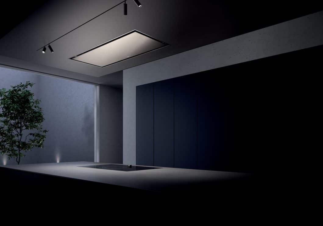 Auffällig unauffällig fügt sich das dritte Modell der Gaggenau Dunstabzüge für die Serie 200 ins Küchendesign ein. Der funktionale Aluminium-Korpus ist dazu in sanftes Hellbronze getaucht. (Foto: Gaggenau)