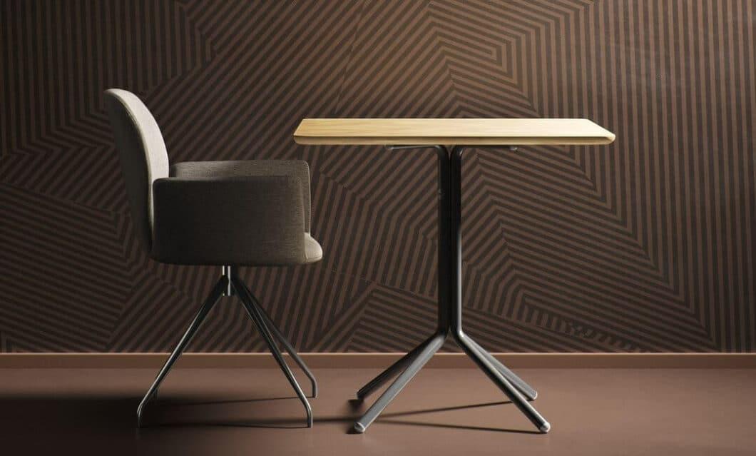Aufeinander abgestimmt werden bei der Produktvorstellung des COLORNETWORK Küchenarbeitsplatten, Wandtapeten, bedruckte Dekore, Sitzpolster uvm. Sie alle können harmonisch kombiniert werden. (Foto: Mobitec/ COLORNETWORK)