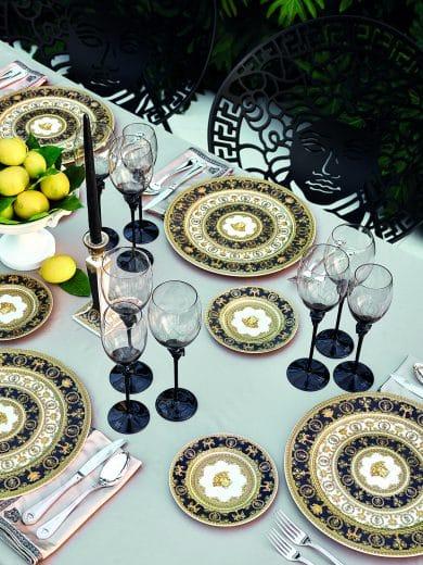 """Mit dem """"I love Baroque""""-Geschirr von Versace wird jede Gartenparty zum glamourösen Hingucker. (Foto: Rosenthal)"""