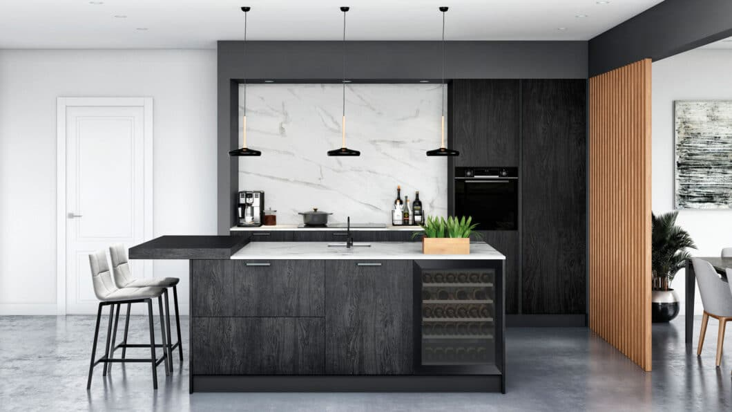 """""""Burned Wood"""", zu Deutsch """"verbranntes Holz"""" heißt die effektvolle, dunkle Front, die Rotpunkt auf der Küchenmeile 2020 vorstellt. (Foto: Rotpunkt)"""