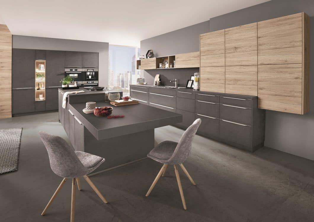 2018 wird das Jahr von Steindekor in der Küche. Auf viele Fans kann nobilia bei den StoneArt-Modellen jedenfalls jetzt schon hoffen: Die hochwertigen Fronten, Arbeitsplatten und Wangen sind elegant, robust und natürlich zugleich. (Foto: nobilia)