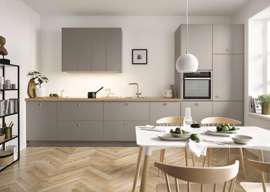 Küchenhersteller Schüller aus Franken tritt mit seinem eigenen Namen im Einstiegssegment und höher auf, hat mit next125 aber noch eine Designmarke im Programm, die im Luxusbereich positioniert werden soll. (Foto: Schüller)