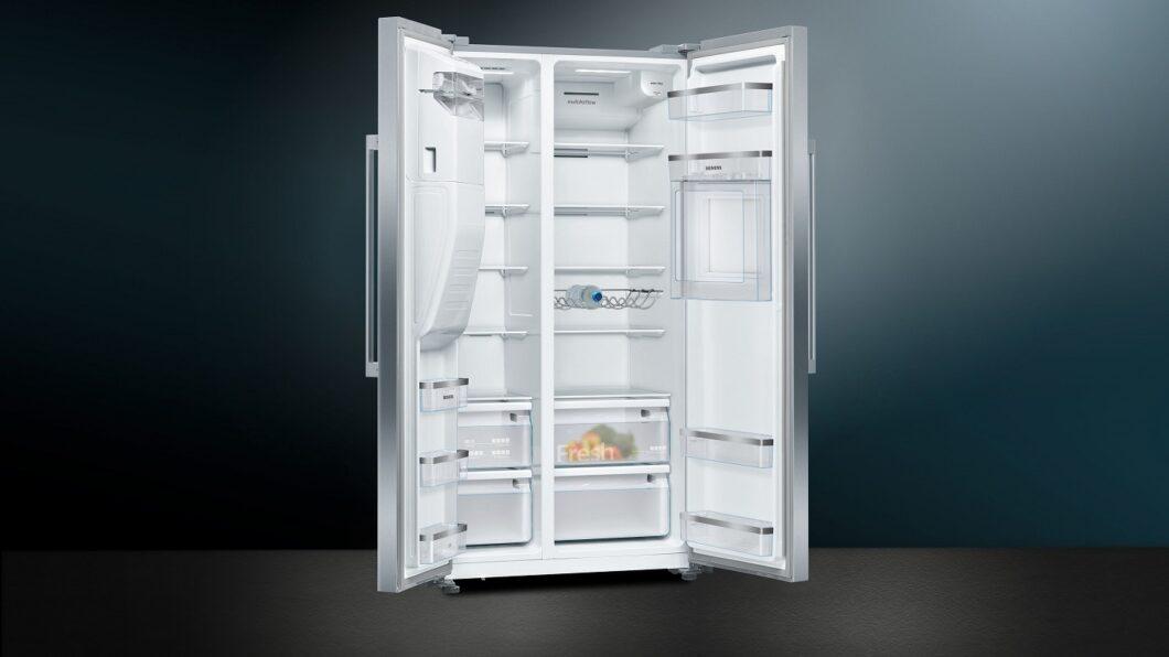 Siemens fokussiert sich auf den XXL-Kühlgerätebereich - und der hat es in sich: neben einem gigantischen Kühl- und Gefriervolumen von 535 Litern... (Foto: Siemens Hausgeräte)
