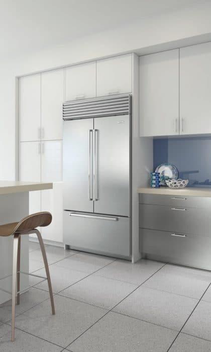 Die Sub-Zero Kühl-Gefrierkombination French Door ist der derzeit breiteste Kühlschrank der Welt und bietet satten 640 Litern Platz. (Foto: Sub-Zero/Wolf)