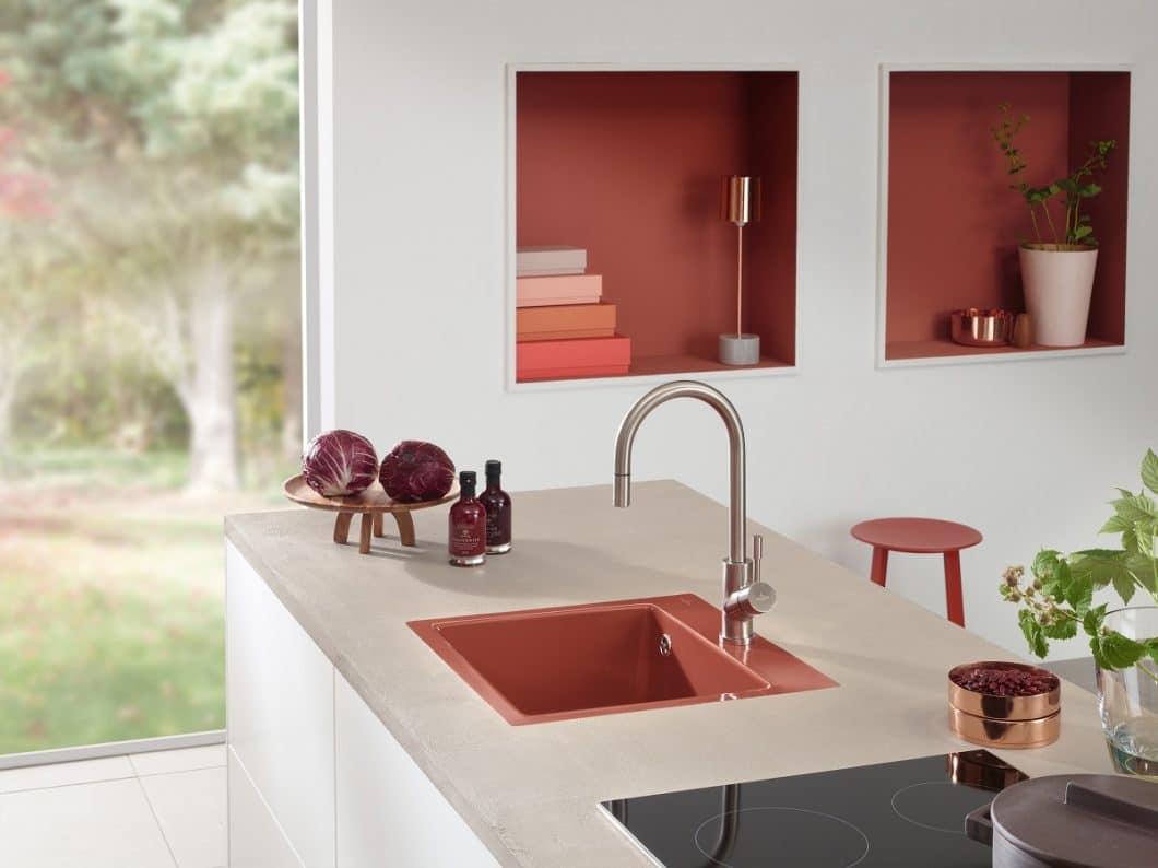 """Mit seinen """"Keramikspülen für jede Jahreszeit"""" beweist Premiumhersteller Villeroy & Boch, dass auch Küchenspülen das optische Highlight des Raumes sein können. (Foto: Villeroy & Boch)"""