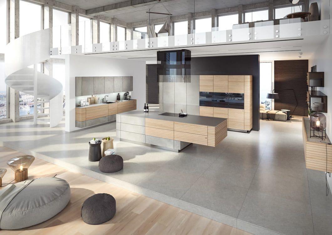 Offenes Wohnen ist ein Traum für Architekten: Luftige, helle Räumlichkeiten treffen auf Möbel mit Ecken und Kanten. Aber: Braucht der Mensch auch dann und wann einen Rückzugsort? (Foto: zeyko)
