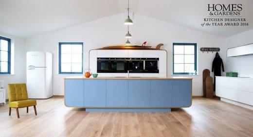 (Küche: Air Kitchen Enamel lightblue von devolkitchens)