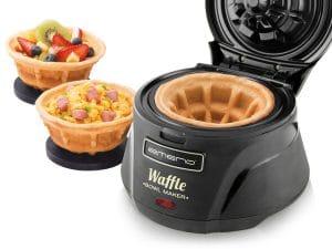 """Der """"Waffle Bowl Maker"""" von Emerio. Für glückliche Kinder, Ehen und Partygäste. (Foto: coolstuff.de)"""