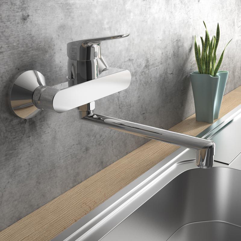 """Ideal Standard montiert seine Küchenarmaturen 2018, wie hier beispielsweise die """"Ceraflex"""", auch direkt in der Wand. (Foto: Ideal Standard)"""