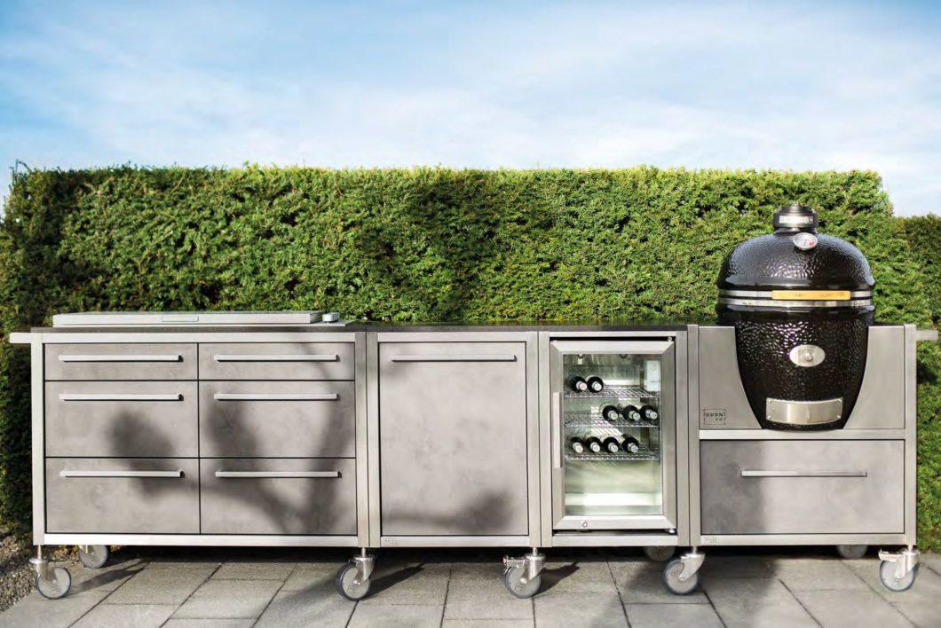Die Küchen von BURNOUT sind laut Hersteller komplett wasserdicht und kommen das ganze Jahr ohne Abdeckung aus. (Foto: BURNOUT)