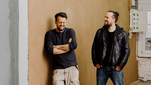 """Die """"Gebrüder Schreiter"""", wie sich Johannes und Joseph auf ihrer Homepage nennen, haben über 3 Jahre an ihrem genialen Konzept geknobelt. (Foto: frankfurter-brett.de)"""