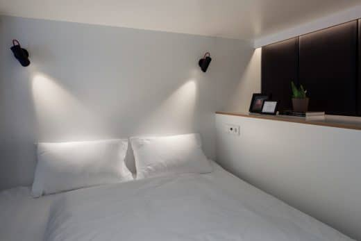 livezoku.com, kingsize bed