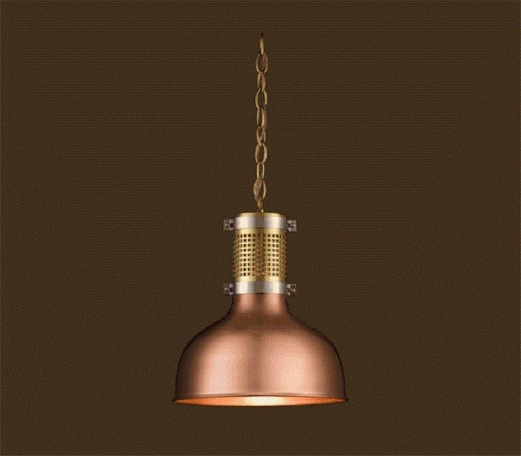 """Das altehrwürdige Unternehmen Lobmeyr wagt sich mit der Kupferleuchte """"1516"""" in modernes, wenngleich industriell angehauchtes Design vor. (Foto: Lobmeyr)"""
