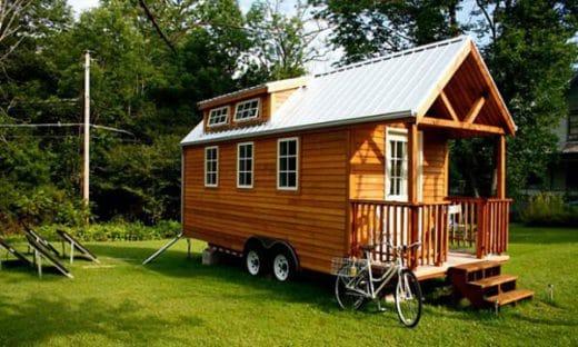 Minihäuser lassen sich als Bausatz leicht transportieren - oder sind, wie in diesem Modell auf Rädern - schnell einsatzbereit.