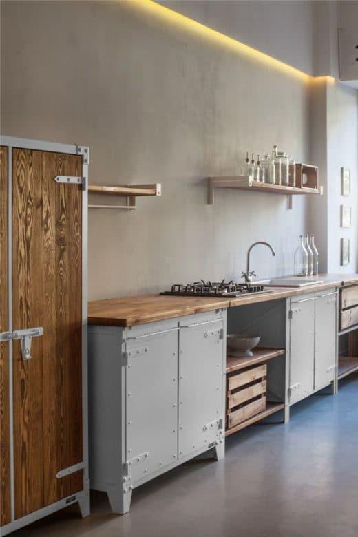 Eine Modulküche in skandinavisch - und schön: COCOON hat es geschafft, Holz und Metall getrennt voneinander zu stylishen Küchenelementen zu verschmelzen. (Foto: bycocoon)