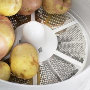 Der Elgento EO10 potato peeler and salad spinner: Hält den Rücken frei für wichtigere Dinge. (Foto: sowaswillichauch.de)