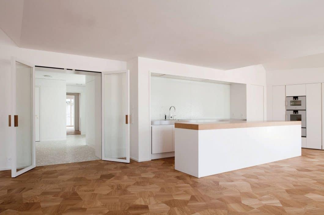 Strato Cucine ist einer der jüngsten italienischen Küchenhersteller - und baut Küchen wie ganz große Vorbilder: modern, minimalistisch, ästhetisch. (Foto: Strato)