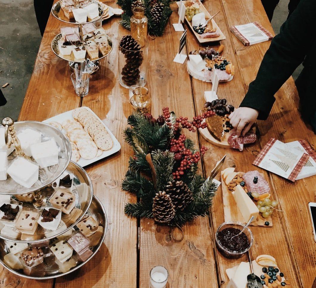 Weihnachten ist oft zuviel des Guten. Und das kann bekanntermaßen ganz wunderbar sein. (Foto: Tania Miron)