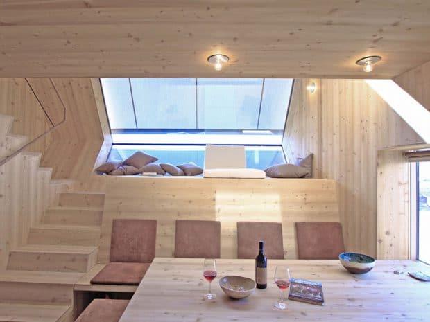 Auch im Hausinneren werden die Mini- oder Modularhäuser neuesten ökologischen Anforderungen gerecht. (Architekten: Ufogel, Nußdorf, Österreich)