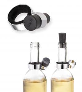 Stilvoll Wein trinken, ohne, dass etwas daneben geht. Mit hochwertigem Silikonverschluss von Troika (studiodreimann). (Foto: GDA)